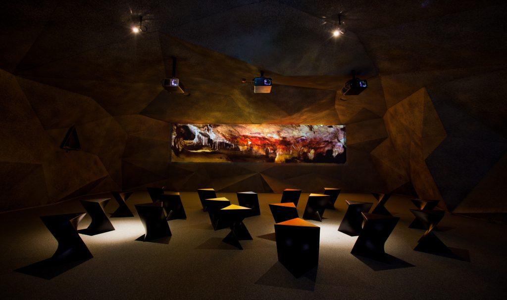 Interior Centron de arte tito bustillo (Asturias)